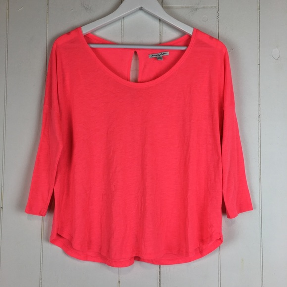 American Eagle Outfitters Tops - American Eagle Top Medium Neon Pink